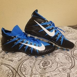 Nike Alpha Menace Elite PF Football Size 16